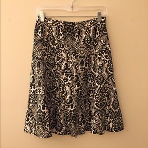 Ann Taylor lined a-line skirt with side zipper